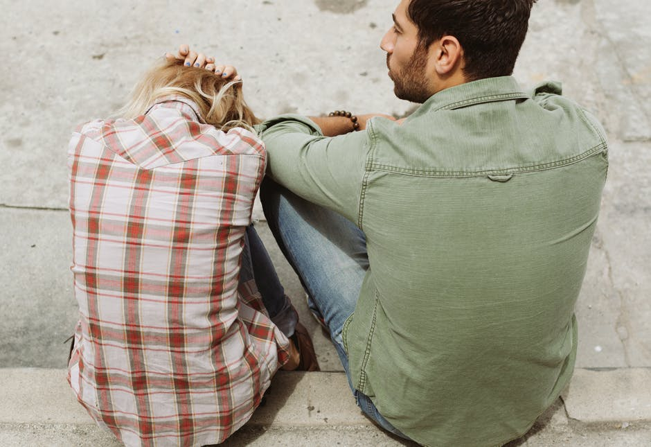 Don't Ignore the Warning Signs of Losing Yourself in a Relationship